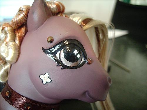 Pony Custom Eye image