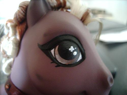 Painted Eye Highlight image